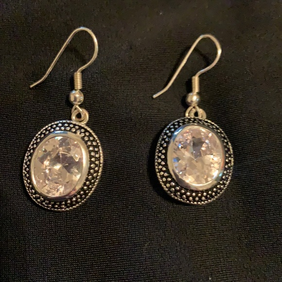 Ladies vintage silver with clear stones